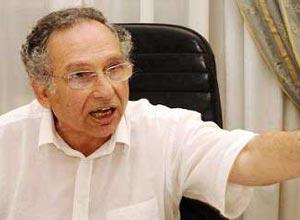 ممدوح حمزة: أداء حكومة الجنزوري سيعطيها الشرعية